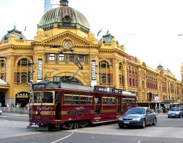 flinders_tram_melbourne